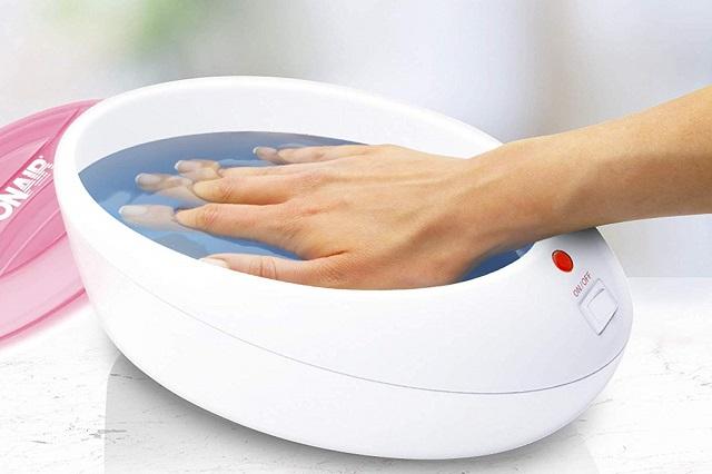 پارافین تراپی پارافین تراپی پارافین تراپی چیست و چه مزایایی دارد؟ Paraffin Wax Bath 1